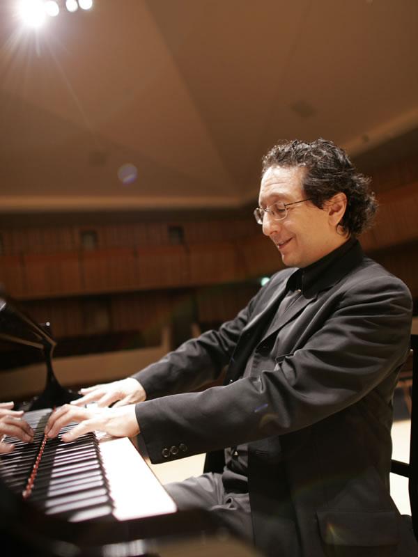 ジャン=マルク・ルイサダ ピアノ・リサイタル
